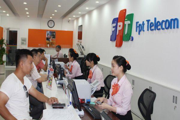 co-phieu-fpt-telecom-niem-yet-tren-san-upcom